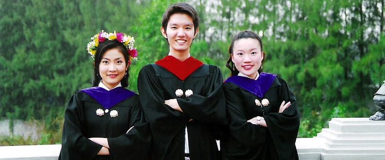 graduates_01